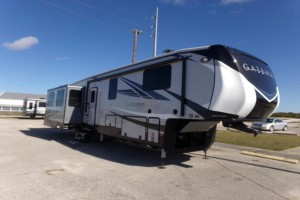 New 2019 Heartland Gateway 3900MB Fifth Wheels