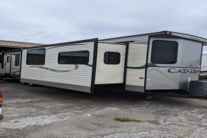 Used 2015 Coachman Catalina 39MKST Travel Trailers