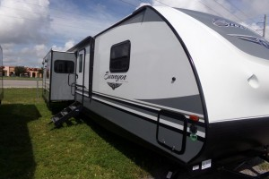 New 2019 Forest River Surveyor 33KRLOK Travel Trailers