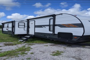 Used 2021 Forest River Wildwood 27RE Travel Trailers