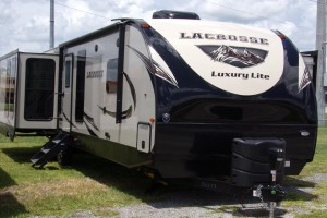 New 2019 Prime Time LaCrosse 3311RK Travel Trailers