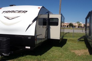 New 2019 Prime Time Tracer 255RB Travel Trailers