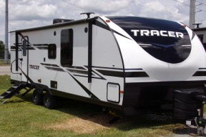 New 2019 Prime Time Tracer Breeze 24DBS Travel Trailers